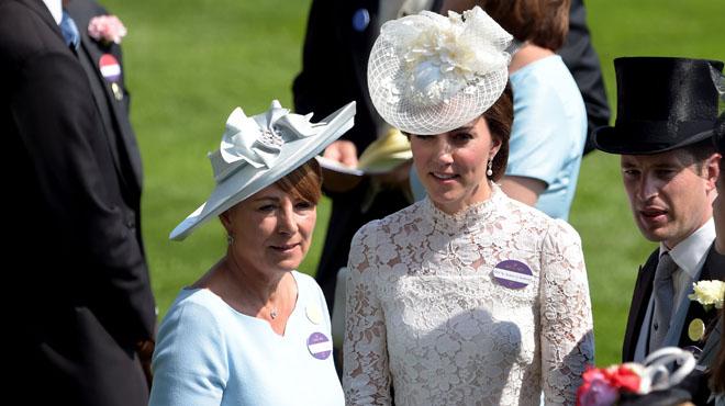 Carole Middleton, la mère de la duchesse de Cambridge se confie dans une longue interview: