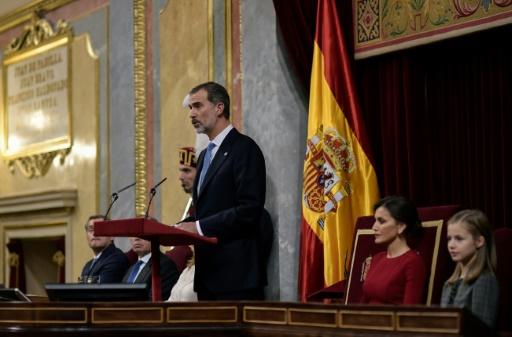 Espagne: le roi défend une Constitution garantissant