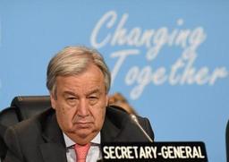 Le chef de l'ONU appelle les belligérants réunis en Suède à se montrer