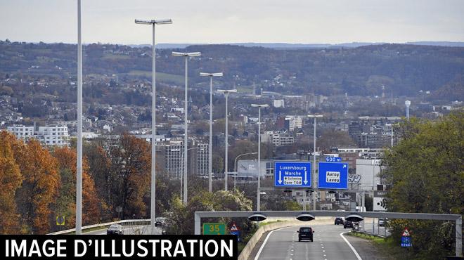 Un individu traverse la E25 à pieds nus à Jupille: il voulait se jeter dans la Meuse