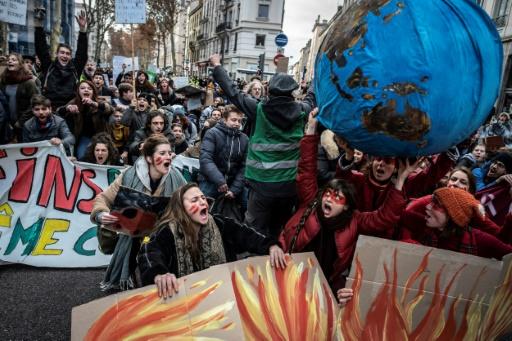 Lyon donne le coup d'envoi de la Marche mondiale pour le climat en France
