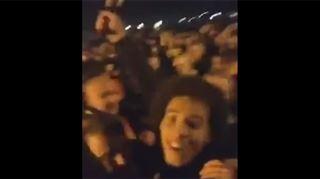 La folle soirée d'Axel Witsel avec des supporters de Dortmund euphoriques (vidéo) 5
