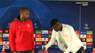 Le recadrage FABULEUX de Thierry Henry en conférence de presse (vidéo) 5