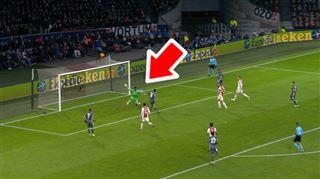 L'arrêt MIRACLE du gardien de l'Ajax devant Lewandowski (vidéo) 5