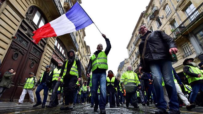 Gilets jaunes en France: le nombre de manifestants en forte chute dans les provinces