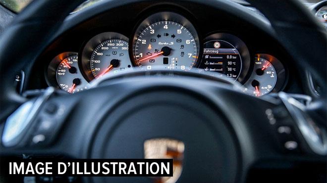 Porsche rappelle près de 75.000 voitures, dont en Belgique: la direction assistée pourrait connaître des ratés