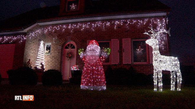 A Crisnée, on ne lésine pas sur les décorations de Noël: qui aura la plus belle façade?