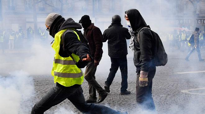 Gilets jaunes: un automobiliste tué dans un accident à Perpignan