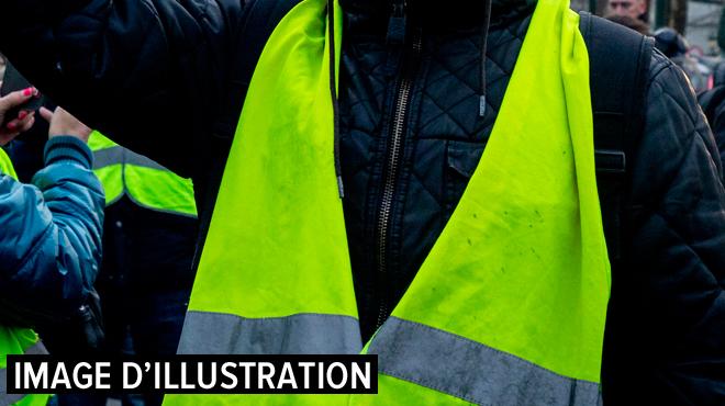 Gilets jaunes en Belgique: des groupes de manifestants dispersés à plusieurs postes-frontières dans le Hainaut