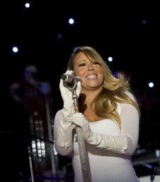 Mariah Carey détrône Wham! sur le podium des tubes de Noël les plus diffusés en 2017