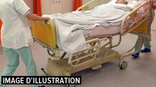 Le beau cadeau d'un patient à l'hôpital où il a été sauvé: