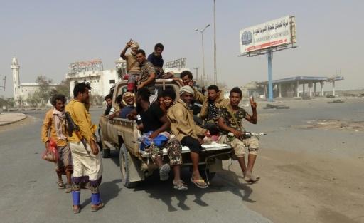 Yémen: affrontements sporadiques avant une réunion sur la trêve à Hodeida