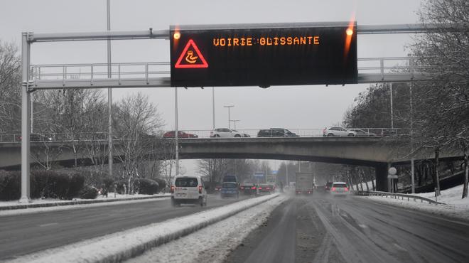 Soyez prudents sur les routes ce soir: des plaques de givre sont attendues