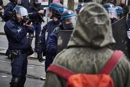 Le ministère français de l'Intérieur commande de nouveaux lanceurs de balles de défense
