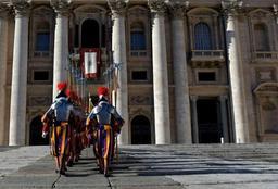 Le tribunal du Vatican émet sa première condamnation pour blanchiment d'argent