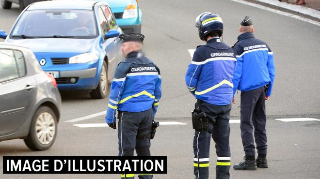 France: un gendarme, arrêté en possession d'explosifs à Paris