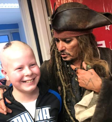 Jack Sparrow en visite à l'Institut Curie à Paris