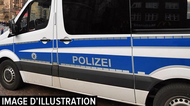 Deux trafiquants de chienshongrois arrêtés en Allemagne: ils étaient en route pour la Belgique