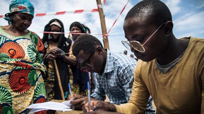 Elections en RDC: les opérations de vote se poursuivent au-delà de l'heure prévue
