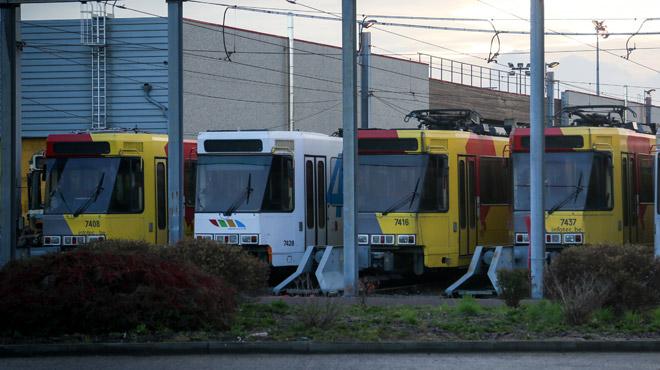 La ventilation dans les trams carolos coupée par précaution en raison de traces d'amiante