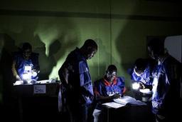 Elections en RDC - Le comptage manuel des voix se poursuit
