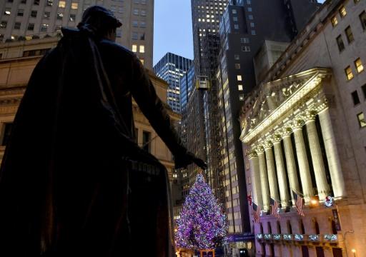 Wall Street entame en hausse la dernière séance d'une année éprouvante