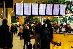 L'aéroport de Schiphol partiellement évacué à cause d'une alerte à la bombe