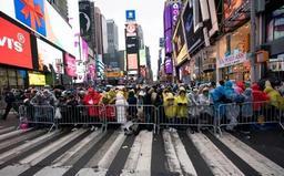 New York City se prépare à des célébrations de Nouvel An sous surveillance policière
