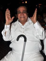 Décès de l'acteur et scénariste indien Kader Khan, vétéran de Bollywood