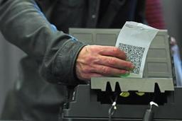 Appel de 14 organisations à réviser la Constitution pour doper la démocratie locale