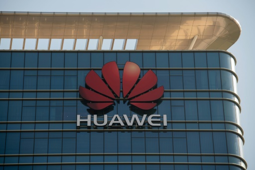 Huawei punit des employés... ayant tweeté avec un iPhone