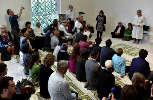 Deux projets de mosquées progressistes à Paris, avec des prêches de femmes imams