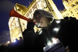 Hongrie: quelques milliers de manifestants pour la reprise du mouvement anti-Orban