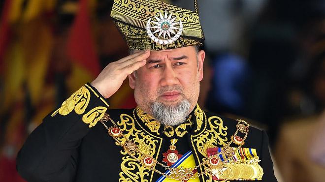 Le roi de Malaisie a-t-il abdiqué pour épouser... Miss Moscou ?