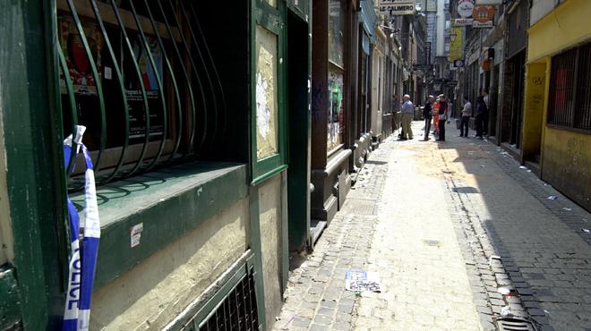 Liège: il sort un couteau dans le Carré et finit par être poignardé par son opposant