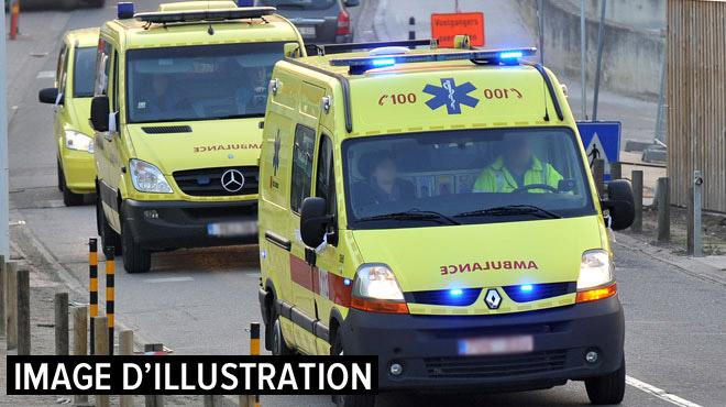 Une collision entre un bus et deux voitures fait deux blessés à Herve