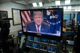 Trump réclame 5,7 milliards de dollars pour une