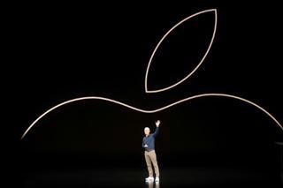 Tim Cook, le PDG d'Apple, obtient une forte augmentation