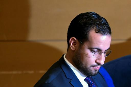 Alexandre Benalla a restitué mercredi ses passeports diplomatiques