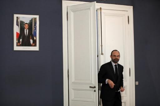 L'exécutif sous pression avant le coup d'envoi du grand débat
