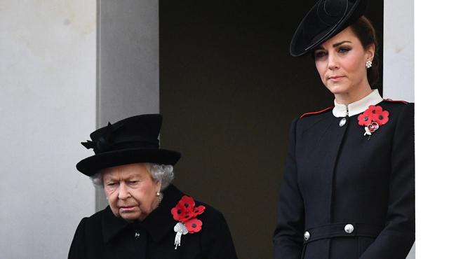 Entre Kate Middleton et Elizabeth II, les rapports n'ont pas toujours été des plus tendres:
