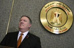 Face à l'Iran, Pompeo appelle à