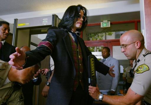 Un documentaire accuse Michael Jackson d'actes pédophiles, ses héritiers s'insurgent