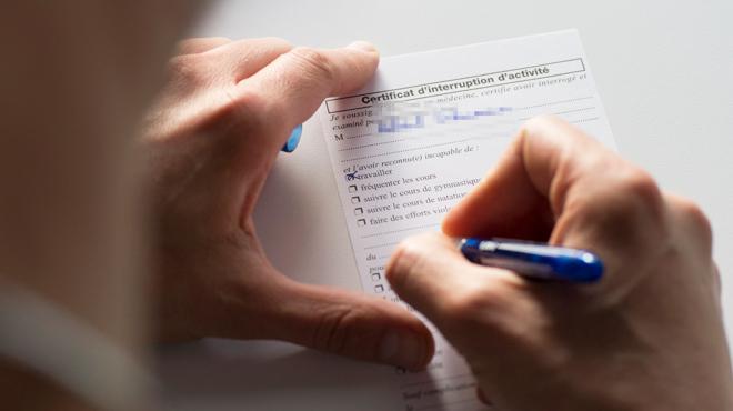Certificats de complaisance: le nombre de plaintes a doublé l'an dernier