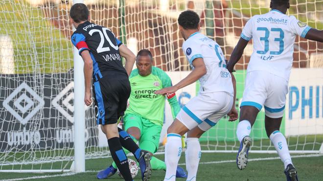Vanaken inscrit un but EXCEPTIONNEL avec Bruges contre le PSV (vidéo)