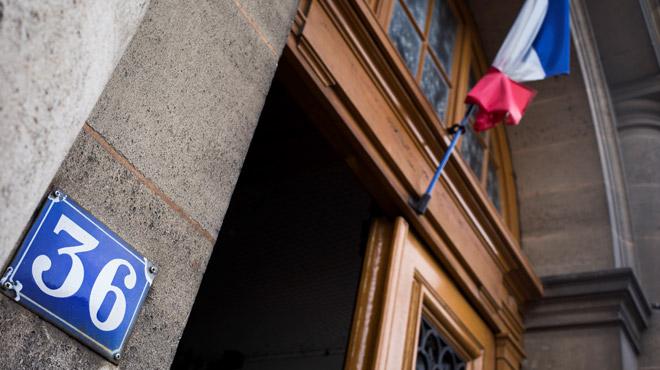 France: deux policiers d'élite jugés pour le viol d'une touriste canadienne