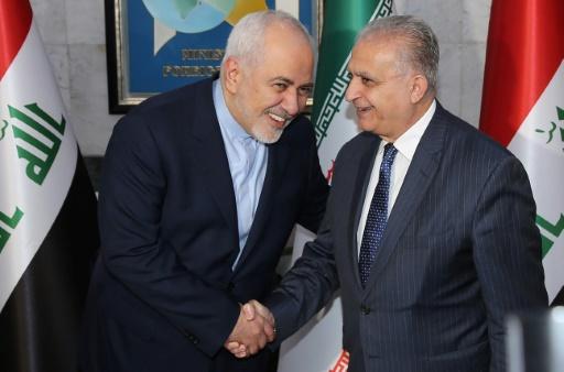 Le chef de la diplomatie iranienne discute