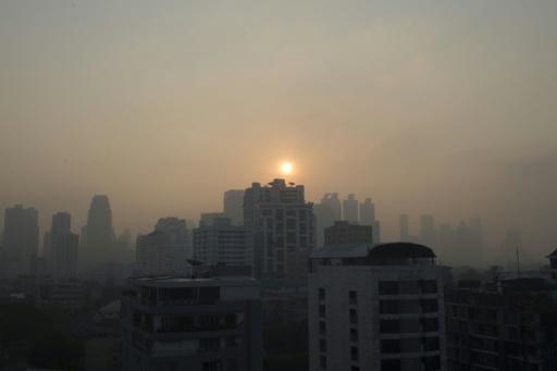 Bangkok envisage de provoquer des pluies pour chasser un sévère épisode de pollution