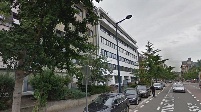 Une dizaine de gilets jaunes bloquent un bureau de l'administration wallonne à Namur