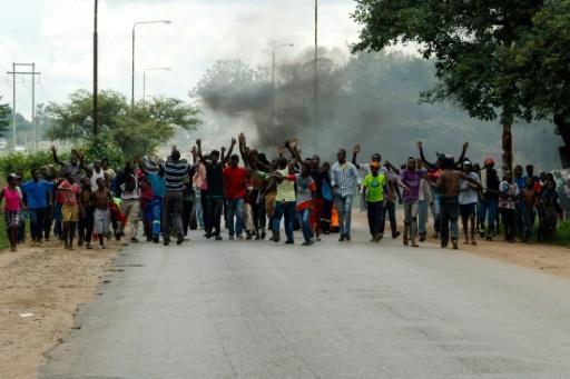 Zimbabwe: manifestations contre la hausse des prix du pétrole